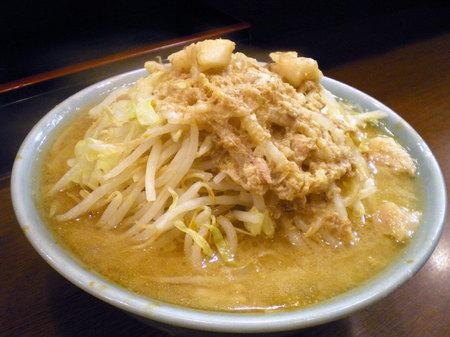 池袋二郎ラーメン野菜アブラ101607